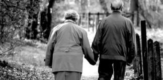 infieles, creen, amor, verdadero, abuelos, pareja mayor,